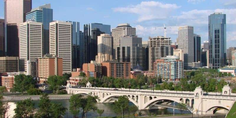 10 Family-Friendly Must-Dos for Your Calgary Trip (Plus Nearby Bonus Day Trips!)